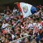 El Duelo entre las Chivas vs América se jugará con aficionados en el estadio