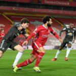 Manchester United se mantiene como líder de la Premier League