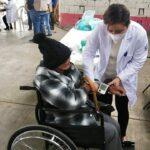 Campaña de vacunación SARS-CoV-2 para adultos mayores puerto Veracruz